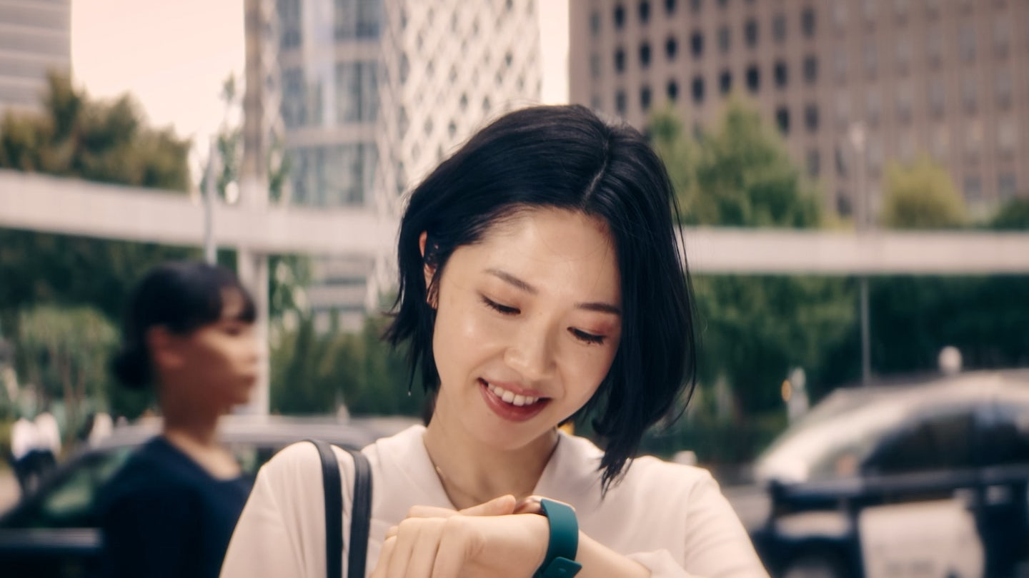 FitBit Japan TVC launch campaign